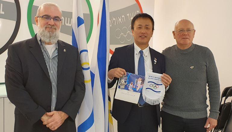 נציג העיריה ומוזיאון סוגיארה בפגישה עם גילי לוסטיג מנכל הוועד האולימפי בישראל ונסים סספורטס מנכל ההתאחדות הפראלימפית בישראל.